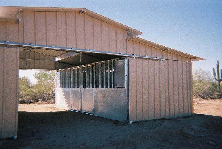 METAL BARN WITH STEEL STALLS